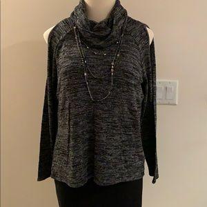Apt 9 cold shoulder light sweater XL